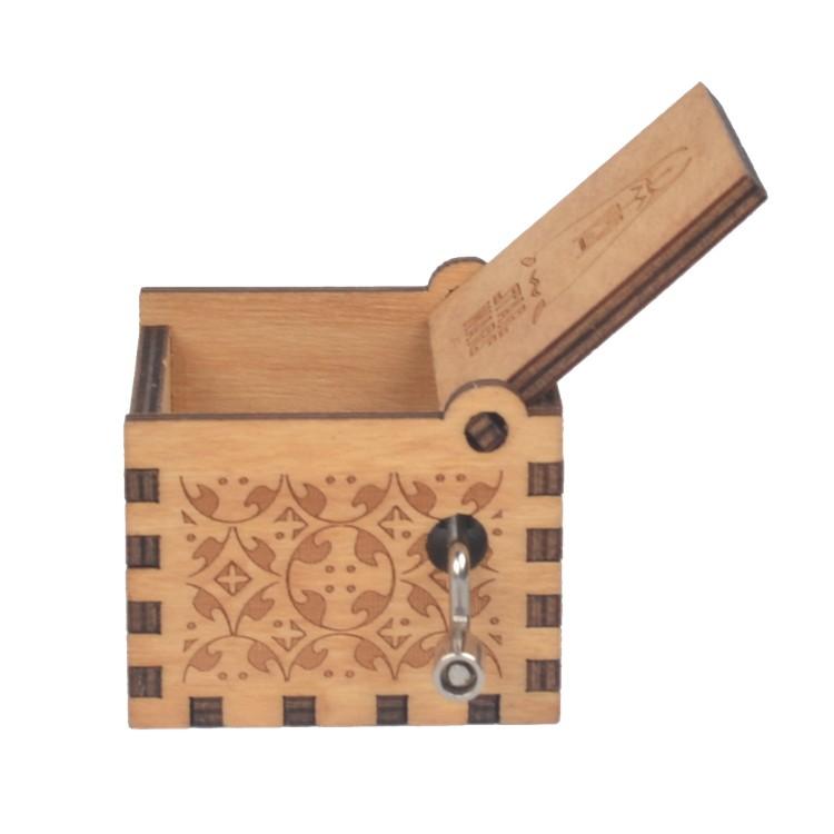 NUTAKE Wooden hand crank star wars music box 55805101-3