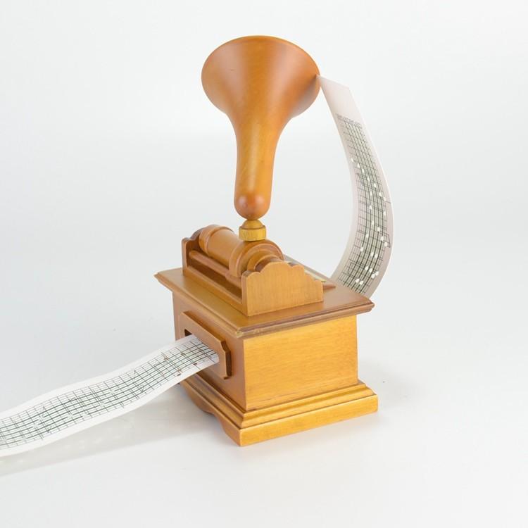 Wooden gramophone shape hand crank custom music box 55085107