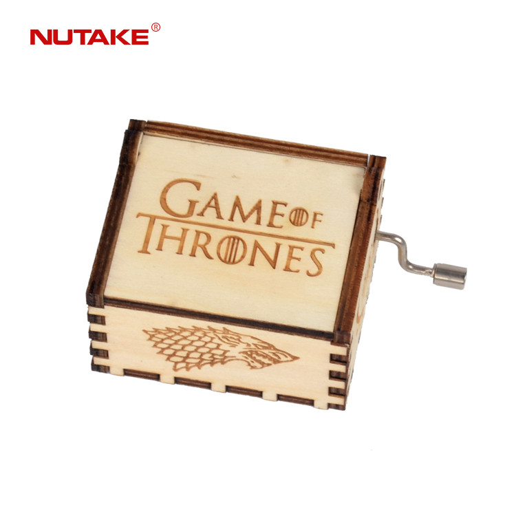 Game of thrones winter is coming wooden hand crank music box 55805101-01,1