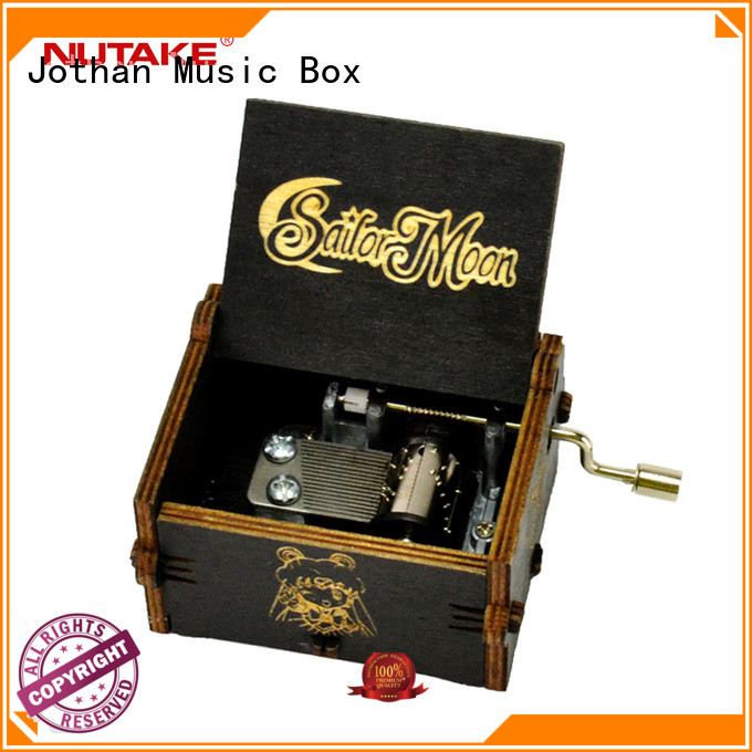 High-quality small hand crank music box factory for sale